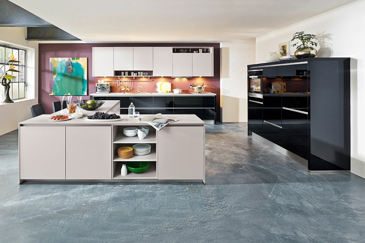Nobilia Küche Fronten Lack Ultra-Hochglanz und uni matt mit Miele ...