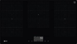 Bedienung:   TFT Touch-Display   Flexibilität:   3 x Flexzone  5 Induktionskochzonen   Ausstattung:   Powerstufe für Töpfe  Powerstufe für Pfannen  PowerMove  PowerTransfer  Bratsensor mit 5 Temperaturstufen: Braten mit integriertem Sensor für Alle Flex-Zonen  Kochsensor  17 Leistungsstufen  Speisenkategorien  2-stufige Restwärmeanzeige je Kochzone  Warmhaltefunktion für alle Kochzonen  CountUp Timer  Kurzzeitwecker  Laufzeitanzeige  Topferkennung  Powermanagement Funktion  Automatische Sicherheitsabschaltung  Kindersicherung  Wischschutzfunktion  Restart Funktion  Kochfeldbasierte Haubensteuerung (mit passender Haube)   Design:   90 cm breit  Ohne Rahmen