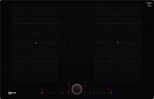 Bedienung:   TwistPad® Fire   Flexibilität:   2 x Flexzone  Erweiterte Flexzone  4 Induktionskochzonen   Ausstattung:   Powerstufe für Töpfe  Powerstufe für Pfannen  PowerMove  Bratsensor mit 5 Temperaturstufen: Braten mit integriertem Sensor für Alle Flex-Zonen  17 Leistungsstufen  Digitale Anzeige der Kochstufen  2-stufige Restwärmeanzeige je Kochzone  CountUp Timer  Kurzzeitwecker  Laufzeitanzeige  Topferkennung  Powermanagement Funktion  Automatische Sicherheitsabschaltung  Kindersicherung  Wischschutzfunktion  Restart Funktion  Quick Start Funktion  Warmhaltefunktion für alle Kochzonen  Energieverbrauchsanzeige  Kochfeldbasierte Haubensteuerung (mit passender Haube)   Design:   80 cm breit  Ohne Rahmen