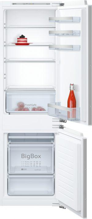 Ausstattung:   Flachscharnier  LED Beleuchtung   Kühlteil   Kühlraum: 191 l Nutzinhalt  4 Abstellflächen aus Sicherheitsglas